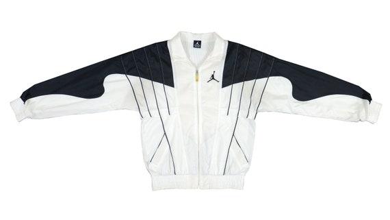 Jordan - Black& White Jumpman 'Warm Up' Jacket 199