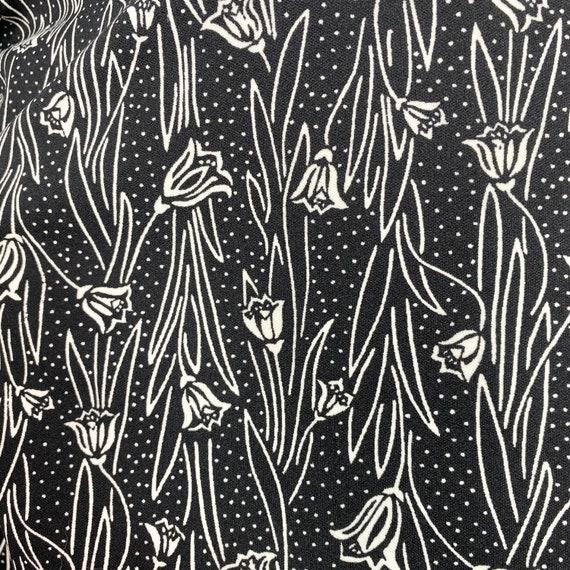 Vtg 70s 80s Graff black & white tulip print top - image 4