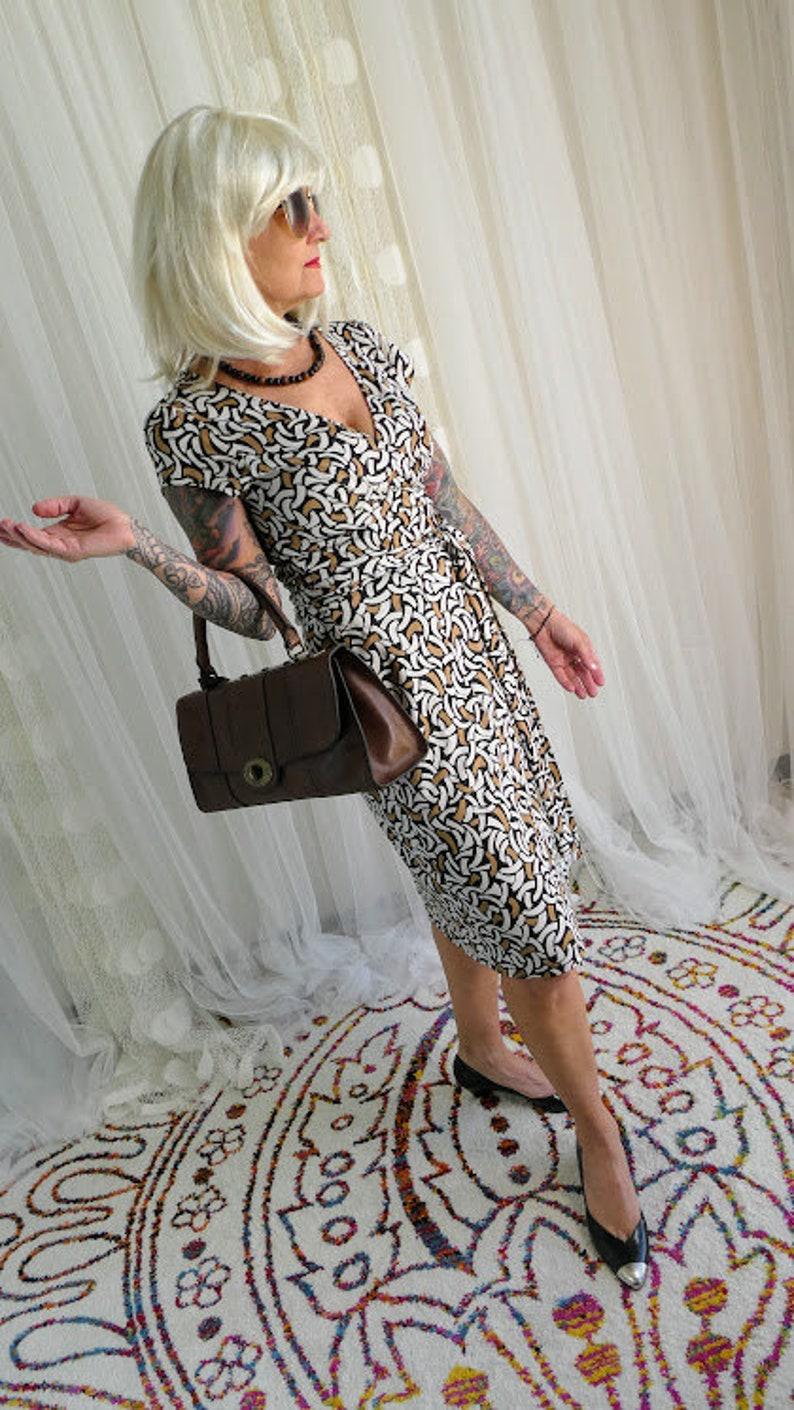 3a105c3ba1810 Diane Von Furstenberg vintage   classic silk wrap dress   DVF