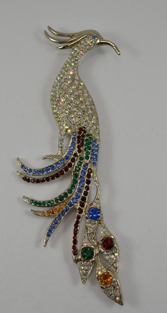 Art Nouveau golden Lady brooch by Tara