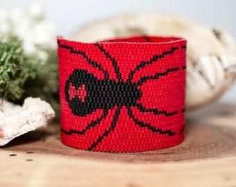 Black Widow Spider Wide Cuff Bracelet, Beadwoven Seed Bead Bracelet, Spooky Beaded Peyote Stitch Jewelry