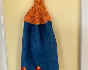 Floral Top Kitchen Towel, Crochet Top Towel, Hanging Kitchen Towel, Fall floral Kitchen Towel, Blue Floral  Kitchen Towel,