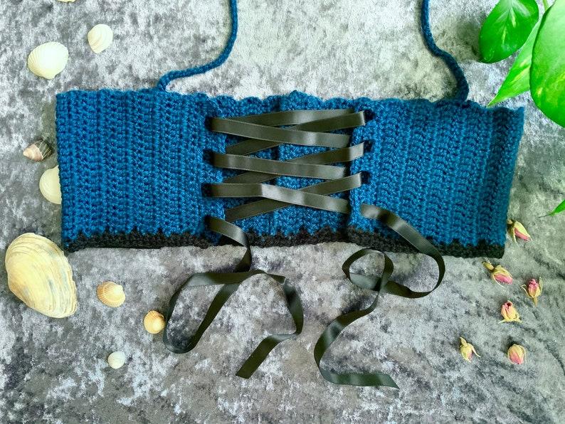 Crop Top Crow Crochet Top blue