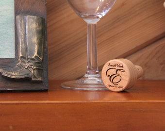 Personalized Wine Bottle Stopper, Wedding Gift, Engraved Wine Cork, Anniversary Gift, Bottle Topper, Wedding Party Gift, Wedding Favors