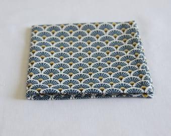 Pocket square pattern blue/yellow