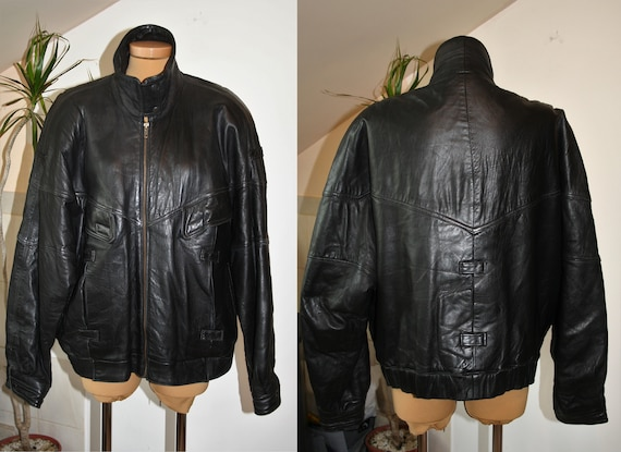 Black Leather Jacket, 1990s European Vintage Zippe