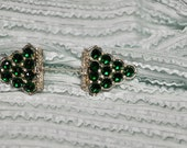 Antique Two Part Jabot Pin - Or Hat Pin Decoration, Excellent Condition, Emerald Green Rhinestones On Each Side Accented By Two Baguettes