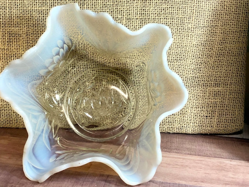 Opalescent Scalloped Edge Bowl Antique-Rare Antique Fenton Water Lily and Cattails Bowl Clear Mint condition
