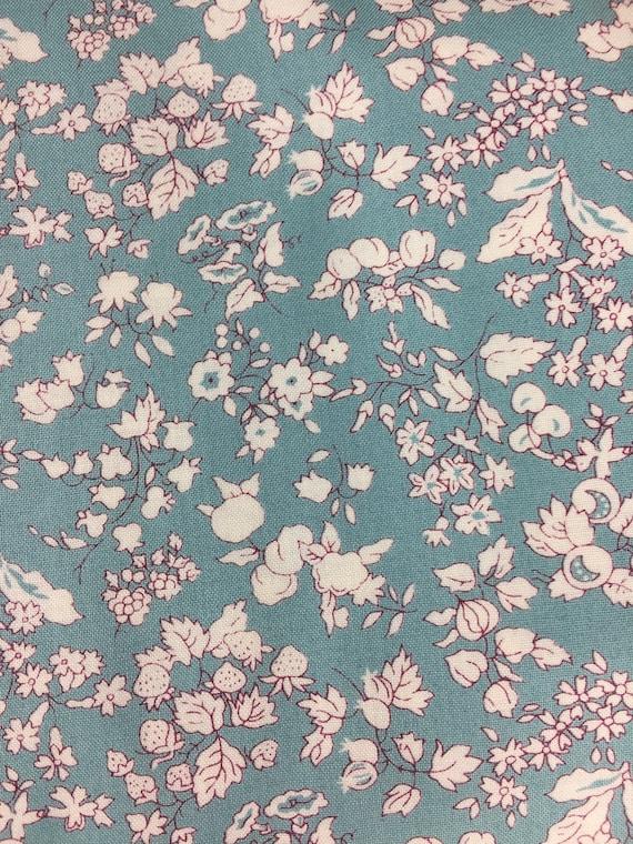 free p/&p, half metre Michael Miller Fairy Frost pale blue glitter 100/% cotton
