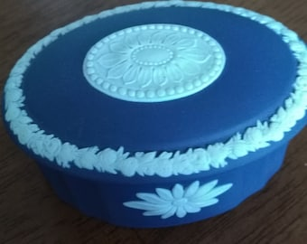 Wedgwood Oval Trinket Box, Collectibles, Home Decor, Ring Holder.