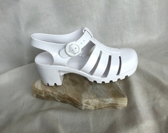 325b9a09480b 90s Vintage White Jelly Sandals