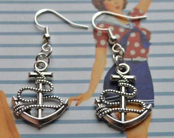 Rockabilly Anchor Earrings // Nautical Earrings // Alternative  // Rock / Anchor Earrings // Rockabilly Earrings
