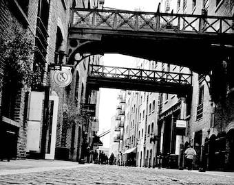 London Streets Black and White Home Decor Architecture