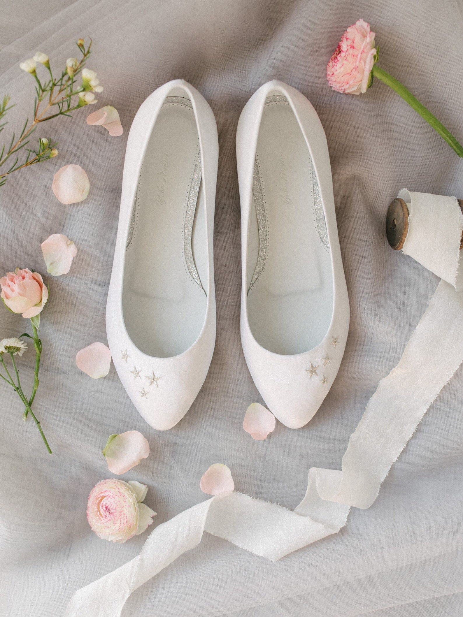 wedding shoes, white wedding shoes, bridal ballet flats, low wedding shoes, bridal flats, wedding flats, silver flats, ballet fl