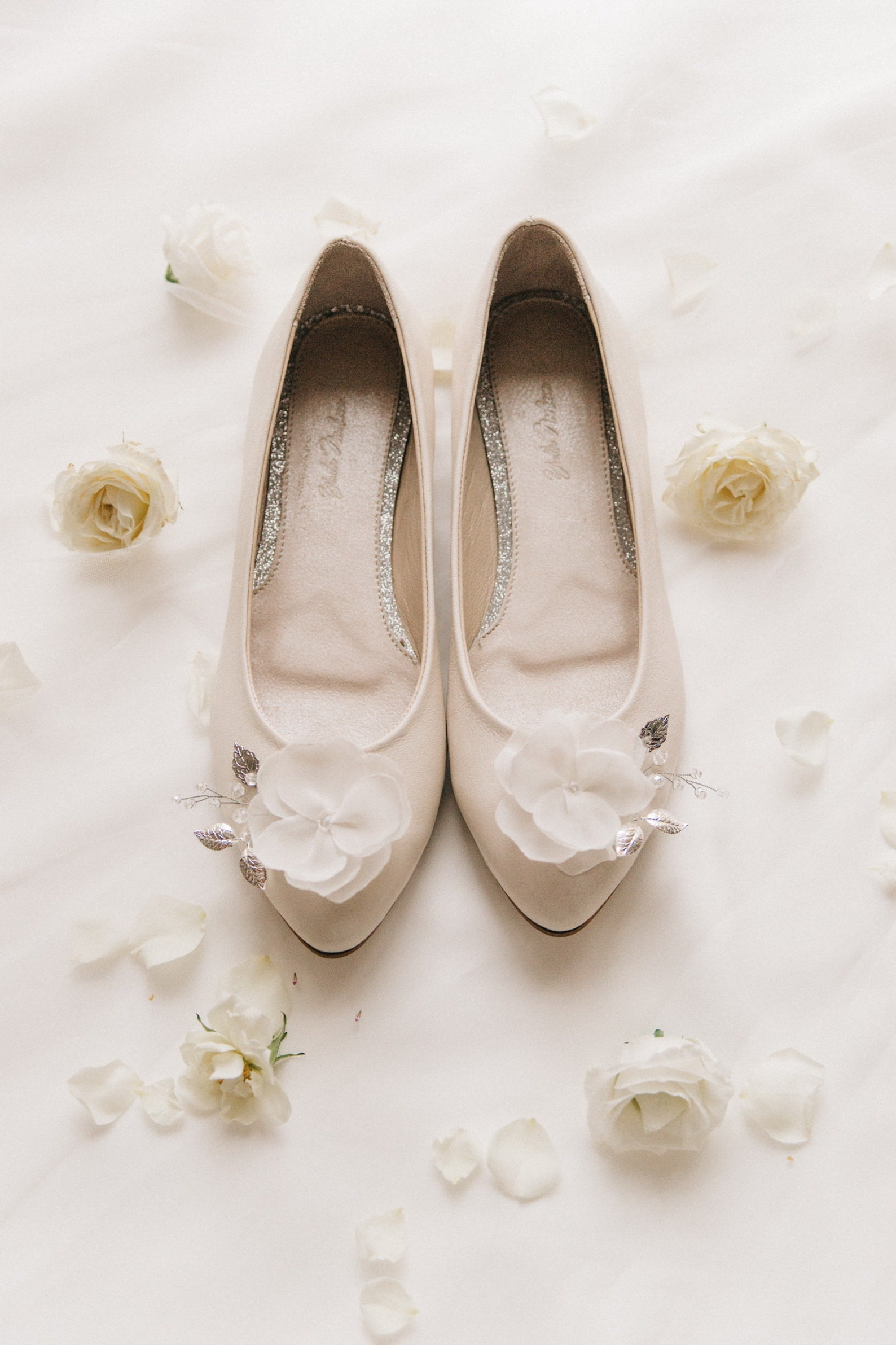 white wedding shoes, wedding shoes, bridal ballet flats, low wedding shoes, bridal flats, wedding flats, leather shoes, ballet f
