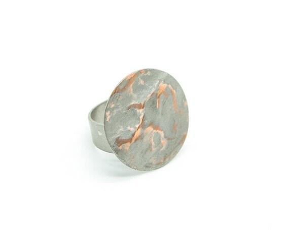 Großer Minimalistischer Ring silber farbig, rhodiniertes Messing. Verstellbar. Matte und glänzende Oberfläche! Wunderschöne Optik