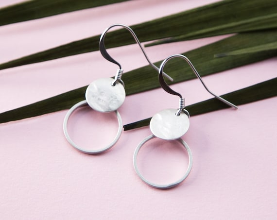 Earring Earrings Silver, small circle with hammered plate in rhodium finished brass. Silver colored. LemonandPink