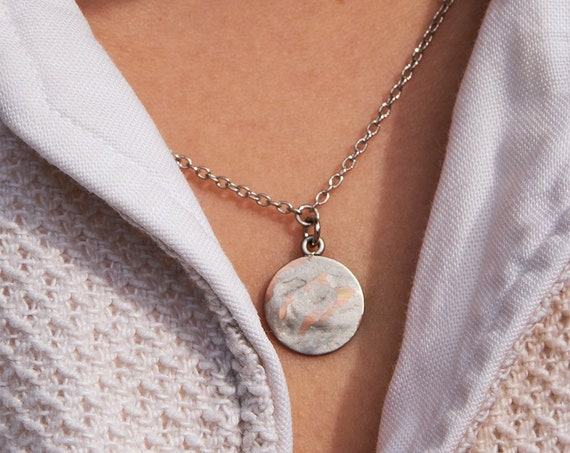 Minimalist necklace silver colored, rhodium. Round plate. Matte and shiny surface, beautiful look. Lemonandpink.