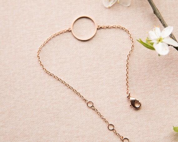 Zartes Armband Kreis rosé, Ring, rund, roségold veredeltes Messing. Zart, filigran und minimalistisch.
