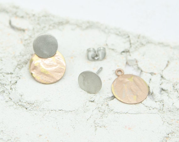 2 in 1 earrings silver and rosé color. With round plate pendant. Matte and shiny surface, with or without plate portable