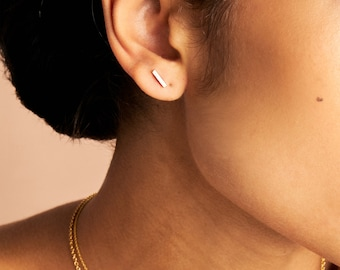Mini Stabohrstecker gold colored, gold-plated brass. Minimalist and filigree. Handmade jewelry