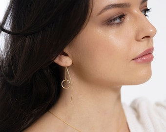 Minimalist puller circular earrings gold plated, 14 mm, also selectable in 925 silver. Handmade from Germany