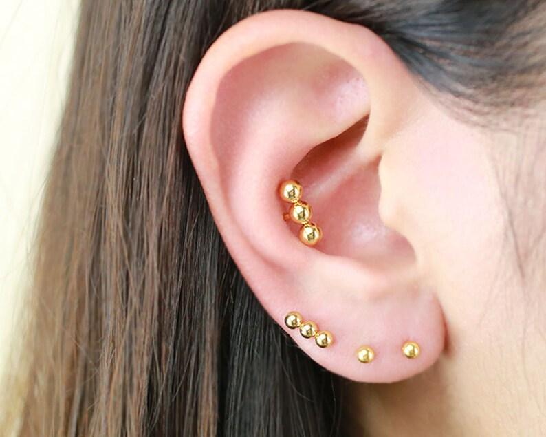 3mm 4mm Triple Ball Cartilage Earrings Bar Cartilage Earring Dainty Bar Earring Tragus Piercing Ball Stud Bar Stud Helix Conch Rook