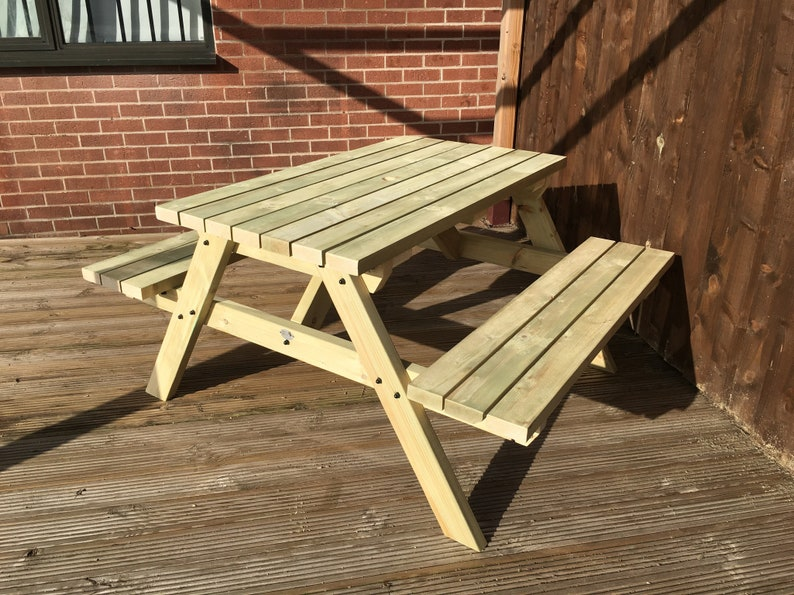 4ft Picnic Table In Natural Colour - Heavy Duty Wooden
