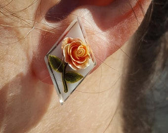 Vintage Earrings with Orange and Yellow Roses Inside of Lucite. Screw back style.