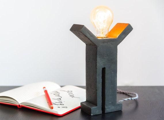 Lampe de bureau béton edison style industriel décor moderne