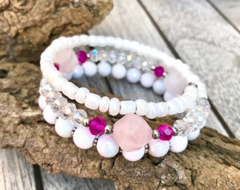 Memory wire bracelet with Rose quartz and crystal