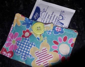 Teabag wallet stylized flowers