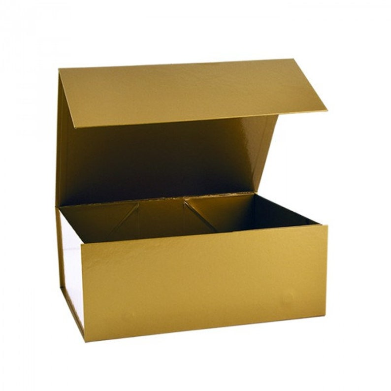 Gold Magnetic Gift Boxes Available In 3 Different Sizes Gift Packaging Gift Boxes With Lids Metallic Box Gold Gift Box