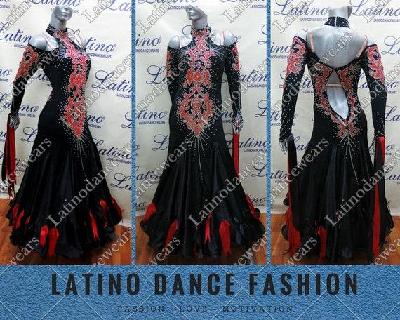 Costume latino dating