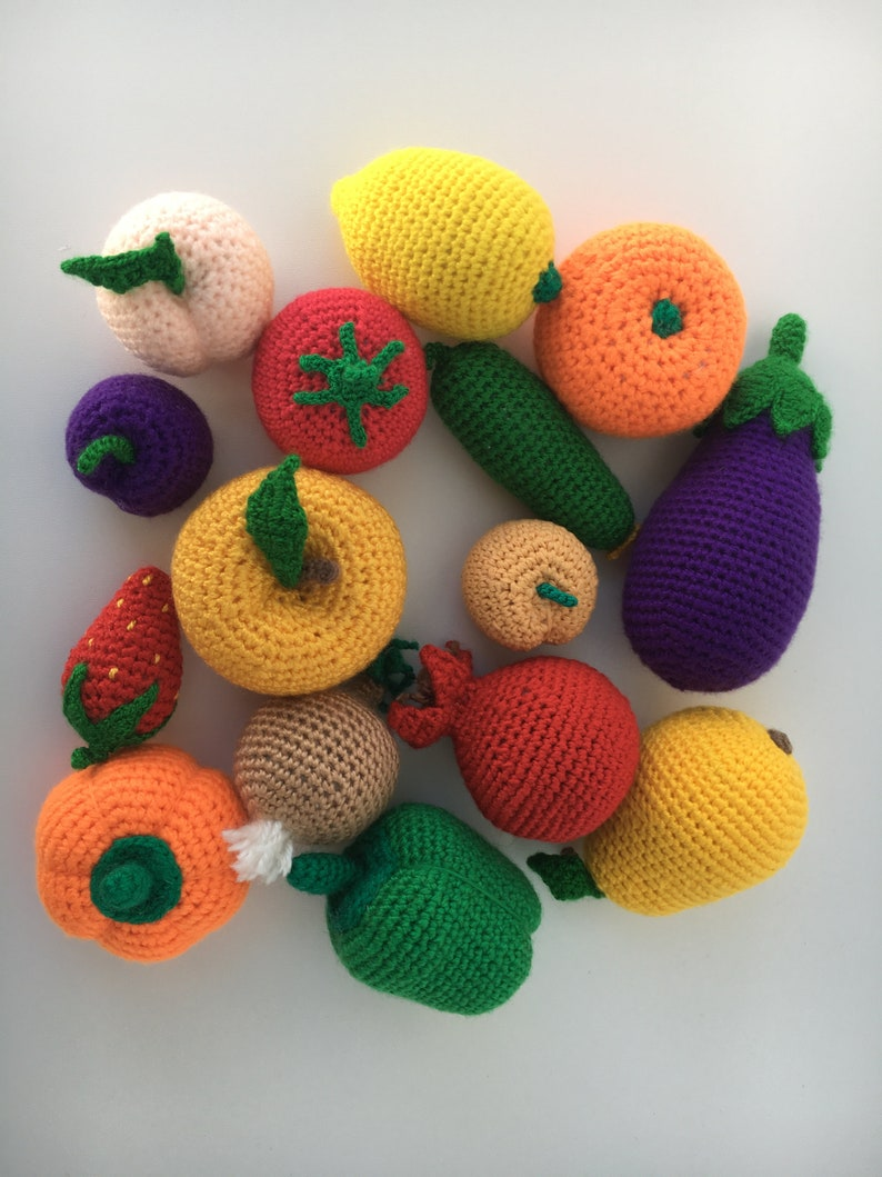 Crochet Food. 35 Crochet Patterns of Fruits and Vegetables ... | 1059x794