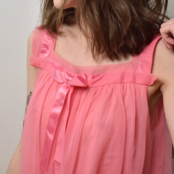 Vintage 1960's - Lingerie - Nightgown - Henson Kic