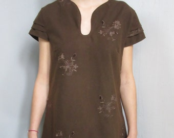 Embroidered wool tunic