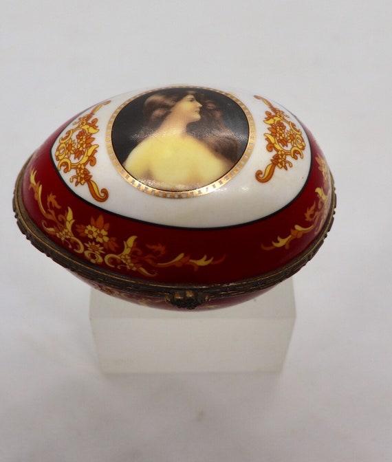 Limoges Portrait porcelain egg