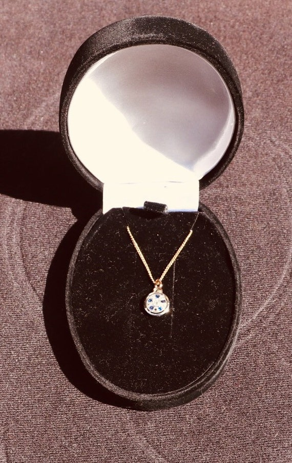 Art Deco diamond and Saphire Pendant with14k Gold Chain