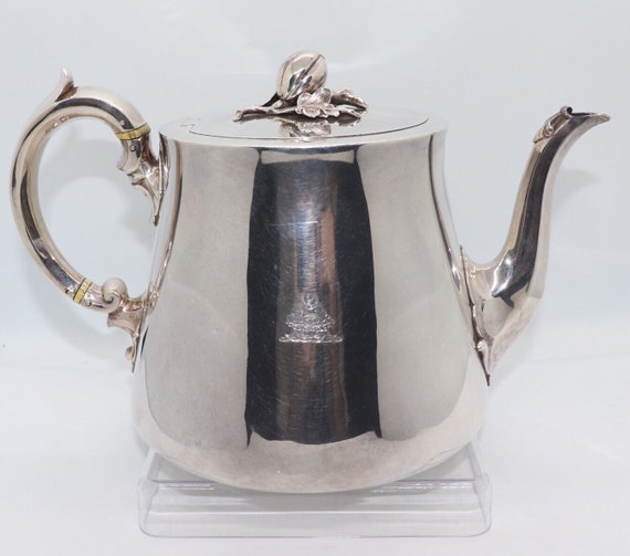 Exquisite Victorian 1842 Sterling Silver Teapot