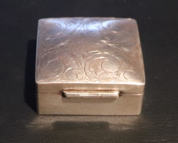 Sterling Silver square pill box