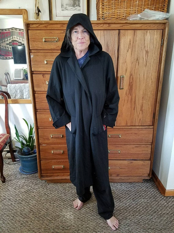 Women's coat. Vintage Nordstrom Trench. Size 14 Pe