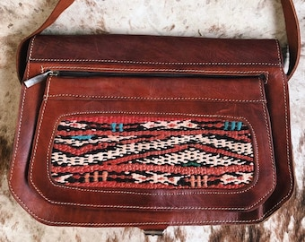 Desperado Crossbody
