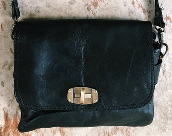 Willow Crossbody Clutch