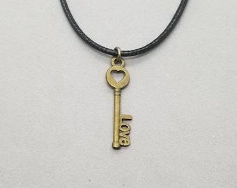 Skeleton Key Necklace, Skeleton Key Pendant, Heart Skeleton Key, Heart Pendant, Heart Necklace, Bronze Key, Key Jewelry, Skeleton Key
