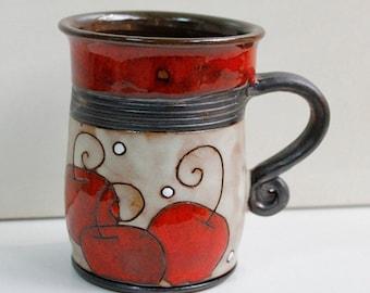 Mug with red apples
