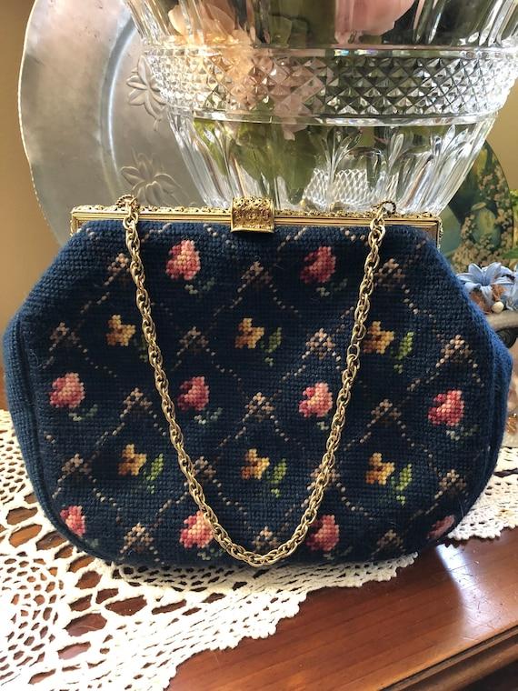 Needlepoint Handbags/Needlepoint Purses/Needlepoin