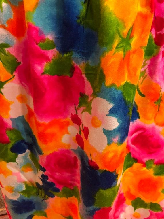 60's GORGEOUS Handmade MINI/60's Spring Flowers D… - image 8