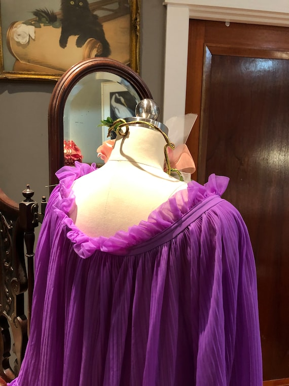 GORGEOUS Purple BABYDOLL Nightgown/60's Bell Slee… - image 8