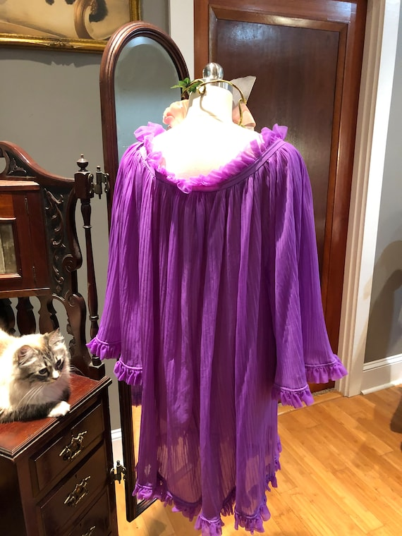 GORGEOUS Purple BABYDOLL Nightgown/60's Bell Slee… - image 3